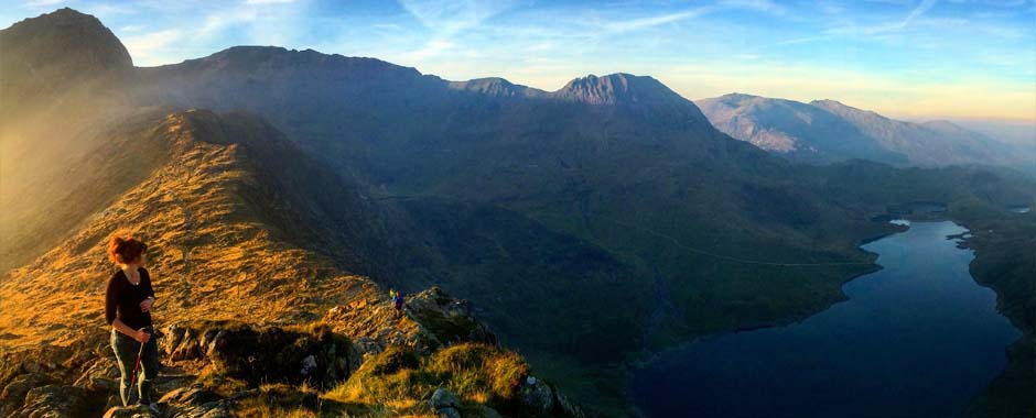 guided mountain scrambling with and mountaineering with snowdonia adventure activities instructors